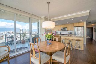 "Photo 3: 1206 125 MILROSS Avenue in Vancouver: Mount Pleasant VE Condo for sale in ""CREEKSIDE"" (Vancouver East)  : MLS®# R2159245"
