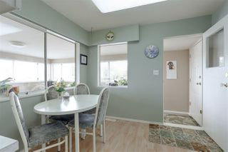 Photo 5: 1049 CHARLAND Avenue in Coquitlam: Central Coquitlam House for sale : MLS®# R2160194