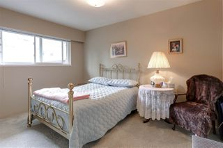Photo 8: 1049 CHARLAND Avenue in Coquitlam: Central Coquitlam House for sale : MLS®# R2160194