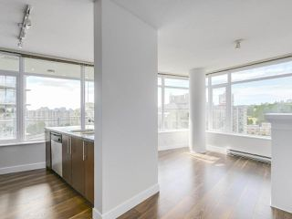 "Photo 6: 1908 892 CARNARVON Street in New Westminster: Downtown NW Condo for sale in ""AZURE 2"" : MLS®# R2191316"