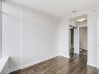 "Photo 8: 1908 892 CARNARVON Street in New Westminster: Downtown NW Condo for sale in ""AZURE 2"" : MLS®# R2191316"