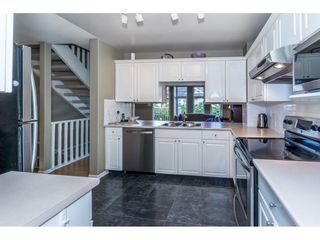 "Photo 5: 40 9036 208 Street in Langley: Walnut Grove Townhouse for sale in ""Hunter's Glen"" : MLS®# R2213866"