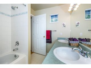 "Photo 16: 40 9036 208 Street in Langley: Walnut Grove Townhouse for sale in ""Hunter's Glen"" : MLS®# R2213866"