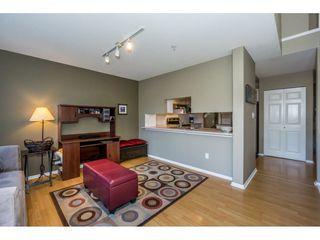 "Photo 12: 40 9036 208 Street in Langley: Walnut Grove Townhouse for sale in ""Hunter's Glen"" : MLS®# R2213866"