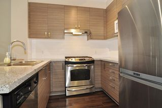 Photo 7: 307 1150 KENSAL Place in Coquitlam: New Horizons Condo for sale : MLS®# R2226865