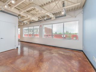 Photo 5: 300 1419 9 Avenue SE in Calgary: Inglewood Office for sale : MLS®# C4172005