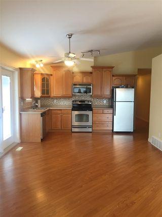 Photo 4: 5013A 50 Avenue: Clyde House Half Duplex for sale : MLS®# E4101831