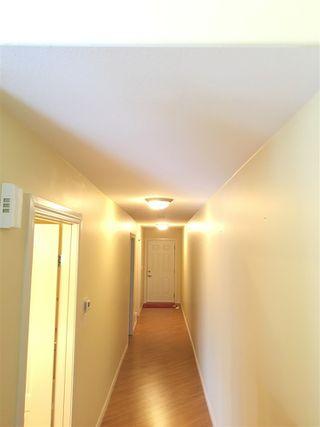 Photo 10: 5013A 50 Avenue: Clyde House Half Duplex for sale : MLS®# E4101831