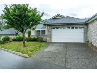 """Main Photo: 21 32777 CHILCOTIN Drive in Abbotsford: Central Abbotsford Townhouse for sale in """"Cartier Heights"""" : MLS®# R2285176"""