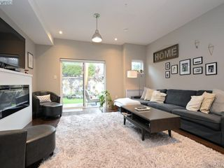 Photo 3: 115 300 Phelps Ave in VICTORIA: La Thetis Heights Row/Townhouse for sale (Langford)  : MLS®# 800789