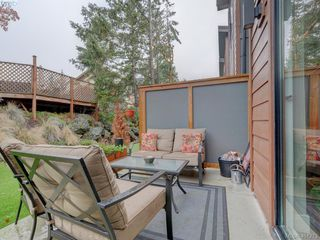 Photo 18: 115 300 Phelps Avenue in VICTORIA: La Thetis Heights Townhouse for sale (Langford)  : MLS®# 401273