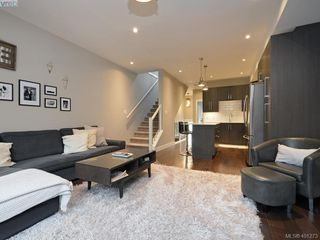 Photo 4: 115 300 Phelps Avenue in VICTORIA: La Thetis Heights Townhouse for sale (Langford)  : MLS®# 401273
