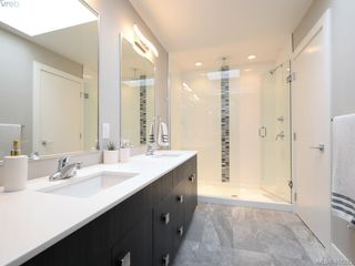 Photo 12: 115 300 Phelps Avenue in VICTORIA: La Thetis Heights Townhouse for sale (Langford)  : MLS®# 401273