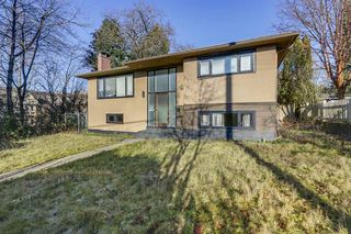 Main Photo: 601 SHAW Avenue in Coquitlam: Coquitlam West House for sale : MLS®# R2333400