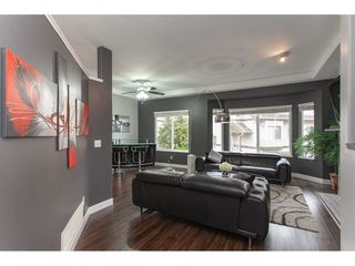 Photo 2: 20 20750 TELEGRAPH Trail in Langley: Walnut Grove Townhouse for sale : MLS®# R2335222