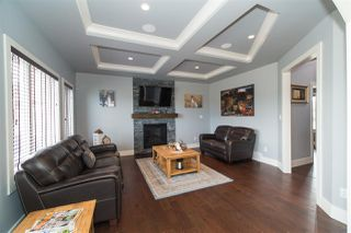 Photo 10: 16607 9 Street NE in Edmonton: Zone 51 House for sale : MLS®# E4143518