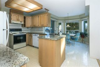 "Photo 6: 8454 213 Street in Langley: Walnut Grove House for sale in ""Forest Hills"" : MLS®# R2343381"