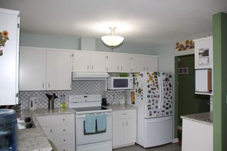 Photo 3: 555 FORT Street in Hope: Hope Center House for sale : MLS®# R2349100