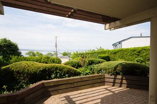 "Photo 11: 102 15015 VICTORIA Avenue: White Rock Condo for sale in ""Victoria Terrace"" (South Surrey White Rock)  : MLS®# R2349801"