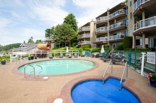 "Photo 13: 102 15015 VICTORIA Avenue: White Rock Condo for sale in ""Victoria Terrace"" (South Surrey White Rock)  : MLS®# R2349801"