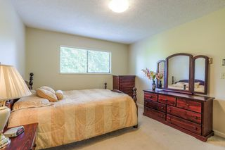 Photo 14: 8240 132A Street in Surrey: Queen Mary Park Surrey House for sale : MLS®# R2354112