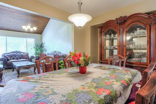Photo 5: 8240 132A Street in Surrey: Queen Mary Park Surrey House for sale : MLS®# R2354112