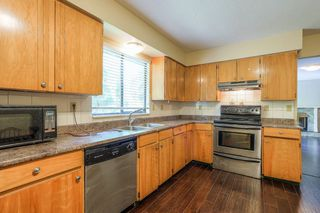 Photo 8: 8240 132A Street in Surrey: Queen Mary Park Surrey House for sale : MLS®# R2354112