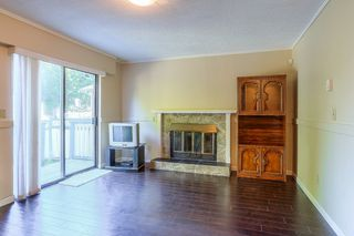 Photo 10: 8240 132A Street in Surrey: Queen Mary Park Surrey House for sale : MLS®# R2354112