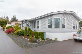 Photo 2: 145 7 Chief Robert Sam Lane in VICTORIA: VR Glentana Manu Double-Wide for sale (View Royal)  : MLS®# 408509