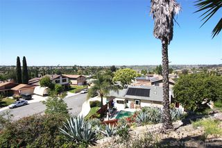 Photo 14: DEL CERRO House for sale : 4 bedrooms : 5957 Highplace Dr in San Diego