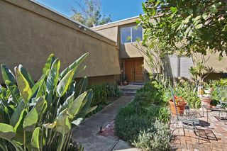 Photo 3: DEL CERRO House for sale : 4 bedrooms : 5957 Highplace Dr in San Diego