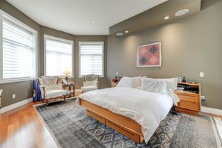 Photo 11: 1420 WOODWARD Crescent in Edmonton: Zone 22 House for sale : MLS®# E4157046