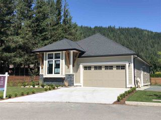 "Main Photo: 51 1885 COLUMBIA VALLEY Road: Lindell Beach House for sale in ""Aquadel Crossing"" (Cultus Lake)  : MLS®# R2377897"