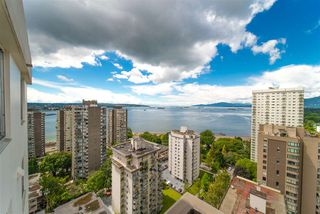 "Main Photo: 2202 1251 CARDERO Street in Vancouver: West End VW Condo for sale in ""SURFCREST"" (Vancouver West)  : MLS®# R2379069"