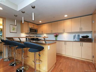 Photo 6: 304 787 Tyee Rd in VICTORIA: VW Victoria West Condo for sale (Victoria West)  : MLS®# 817660
