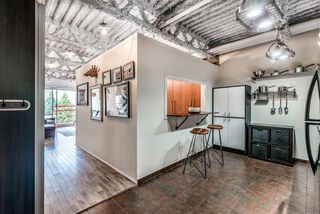 "Photo 3: 305 350 E 2ND Avenue in Vancouver: Mount Pleasant VE Condo for sale in ""MAINSPACE"" (Vancouver East)  : MLS®# R2383074"