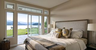 Photo 3: 5975 BEACHGATE Lane in Sechelt: Sechelt District Townhouse for sale (Sunshine Coast)  : MLS®# R2383171