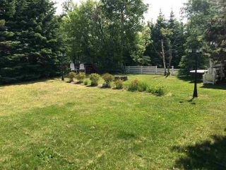 Photo 3: 10118 MACDOUGALL Street: Hudsons Hope Manufactured Home for sale (Fort St. John (Zone 60))  : MLS®# R2426803