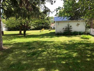 Photo 4: 10118 MACDOUGALL Street: Hudsons Hope Manufactured Home for sale (Fort St. John (Zone 60))  : MLS®# R2426803
