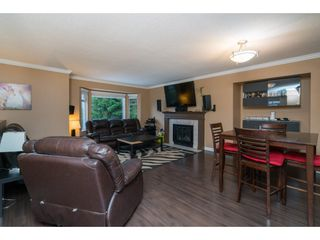"Photo 2: 22698 KENDRICK Loop in Maple Ridge: East Central House for sale in ""Kendrick Loop"" : MLS®# R2429797"