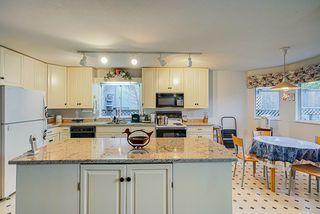 Photo 9: 8036 165 Street in Surrey: Fleetwood Tynehead House for sale : MLS®# R2431093