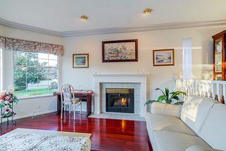 Photo 4: 8036 165 Street in Surrey: Fleetwood Tynehead House for sale : MLS®# R2431093