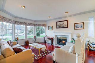 Photo 3: 8036 165 Street in Surrey: Fleetwood Tynehead House for sale : MLS®# R2431093