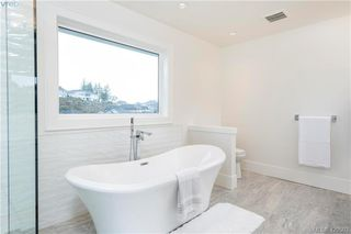Photo 18: 2331 Lairds Gate in VICTORIA: La Bear Mountain Single Family Detached for sale (Langford)  : MLS®# 420503