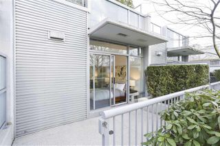 "Photo 6: 112 DUNSMUIR Street in Vancouver: Downtown VW Townhouse for sale in ""Spectrum 4"" (Vancouver West)  : MLS®# R2437895"