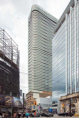 Photo 1: 4105 197 Yonge Street in Toronto: Church-Yonge Corridor Condo for lease (Toronto C08)  : MLS®# C4720147