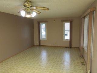 Photo 3: 14407 87 Street in Edmonton: Zone 02 House for sale : MLS®# E4198577