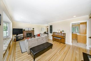 Photo 4: 3749 CARSON Street in Burnaby: Suncrest House for sale (Burnaby South)  : MLS®# R2460920