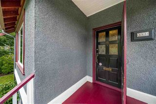 Photo 2: 494 E 18TH AVENUE in Vancouver: Fraser VE House for sale (Vancouver East)  : MLS®# R2469341