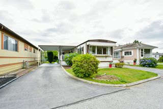 "Photo 1: 115 11930 PINYON Drive in Pitt Meadows: Central Meadows Manufactured Home for sale in ""Meadow Highlands Park"" : MLS®# R2477089"